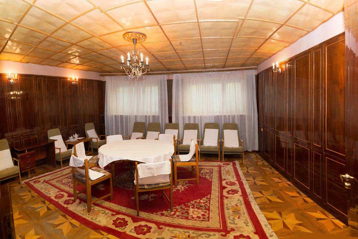 Санаторий Хрустальный Дворец - гостевая комната