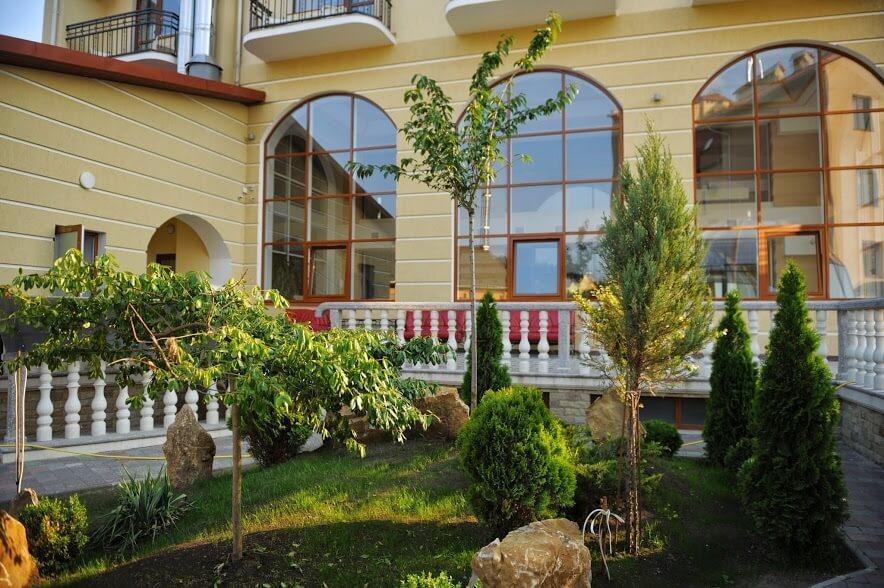 Отель ТуСтань - ландшафтный дизайн