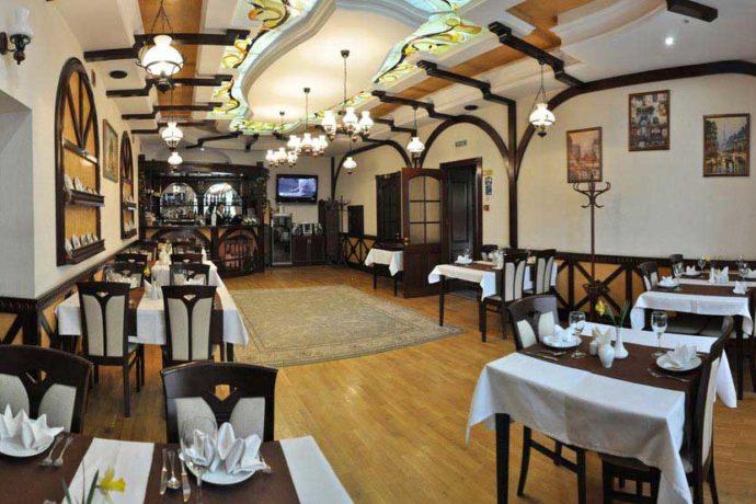 Ресторан в готелі Сенатор, Трускавець