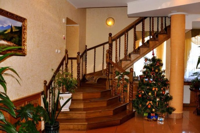 Отель Ориана - 2 8 690x460