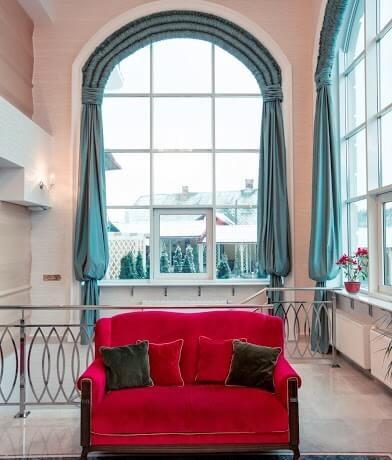 Отель ТуСтань - интерьер холла