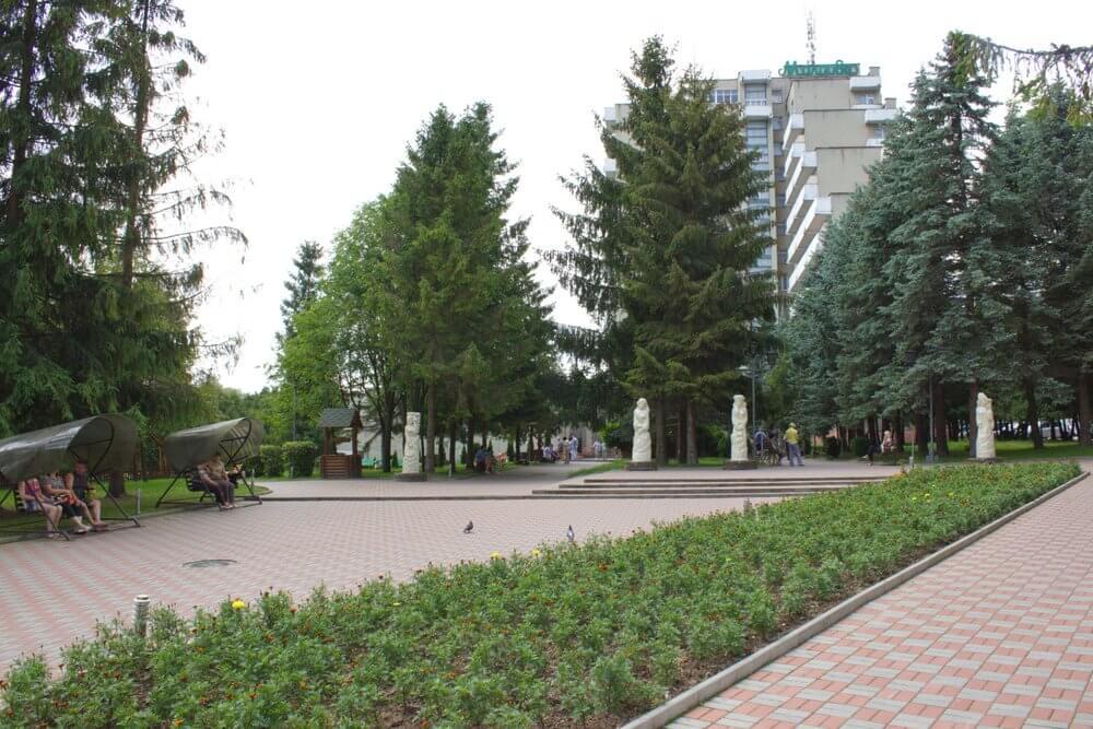 Санаторій Молдова, Трускавець - територія