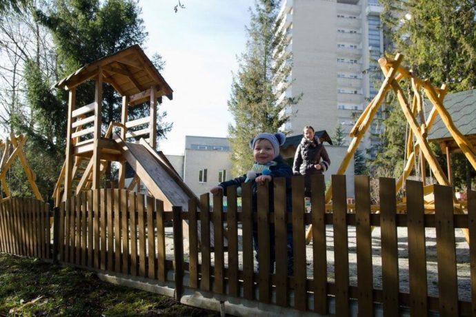 Plac zabaw - Health Resort Moldova, Truskavets