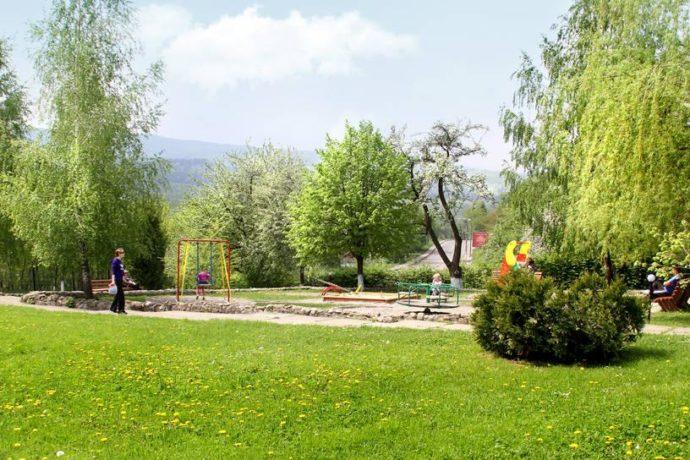 Plac zabaw w sanatorium Perlyna Prykarpattia