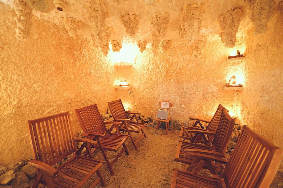 Соляна печера в санаторії Аркада